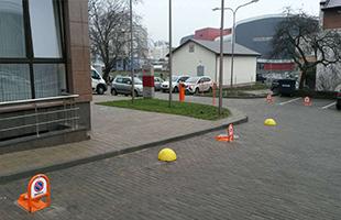 Установка парковочных барьеров